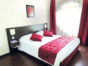 studio hotel 2 personnes lit lyon part dieu - Double T1 SUP - Bedroom