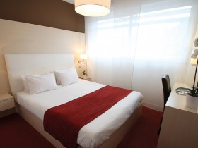 studio hotel 2 personnes double lit montpellier ovalie - Double T1 Double 09H-13H - Chambre day use
