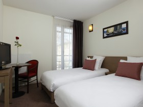 studio hotel 2 personnes twin lit sejour nimes - Double T1 SUP - Bedroom