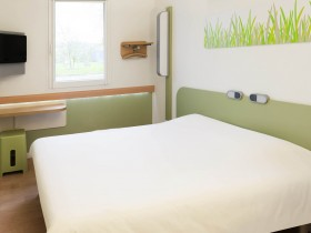 Day room Hotel Lons-le-Saunier : Ibis Budget Lons le saunier | Hotel ...