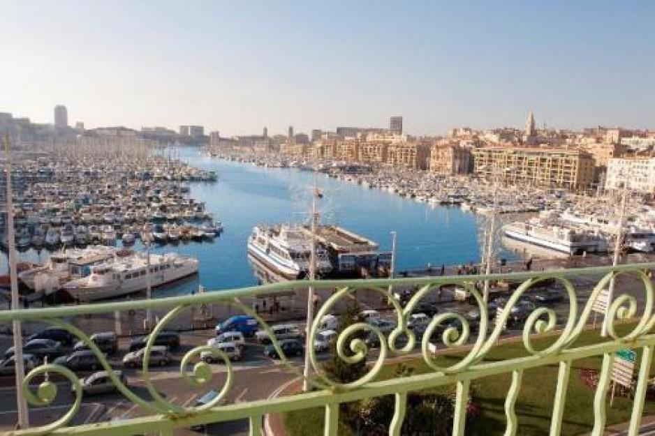 H tel journ e marseille vieux port la canebi re h tel - Hotel marseille vieux port avec parking ...