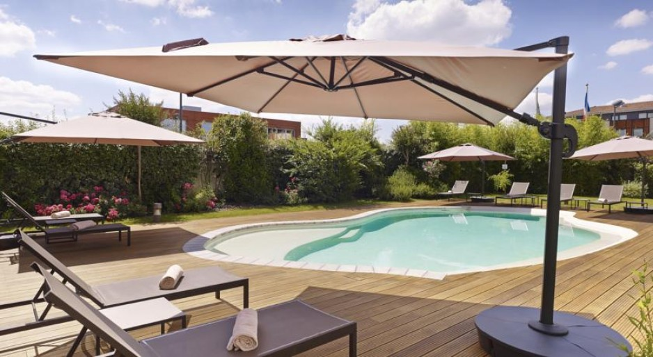 h tel journ e toulouse blagnac tls holiday inn express