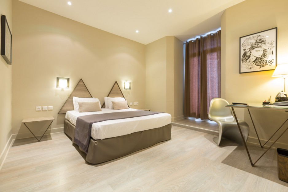 h tel journ e toulon h tel amiraut r servez un day use avec roomforday. Black Bedroom Furniture Sets. Home Design Ideas