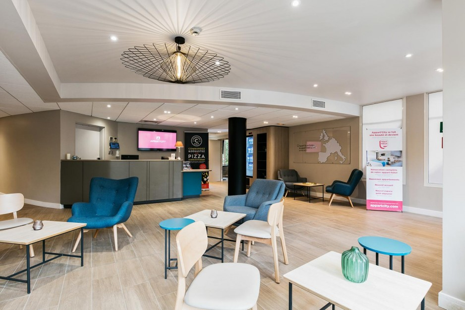 H tel journ e montpellier appart 39 city montpellier gare for Appart hotel 4 personnes