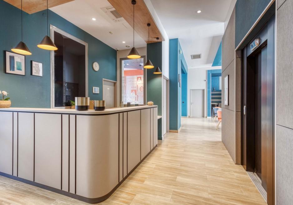 H tel journ e clichy appart 39 city paris clichy mairie for Appart hotel 0 paris