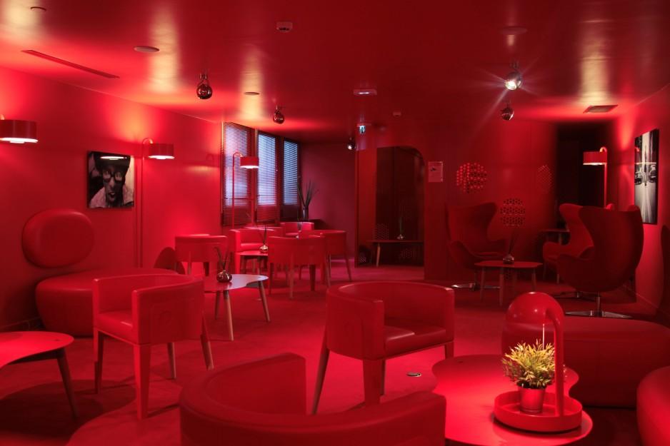 H tel journ e v lizy villacoublay appart 39 city paris for Appart hotel paris 5 personnes