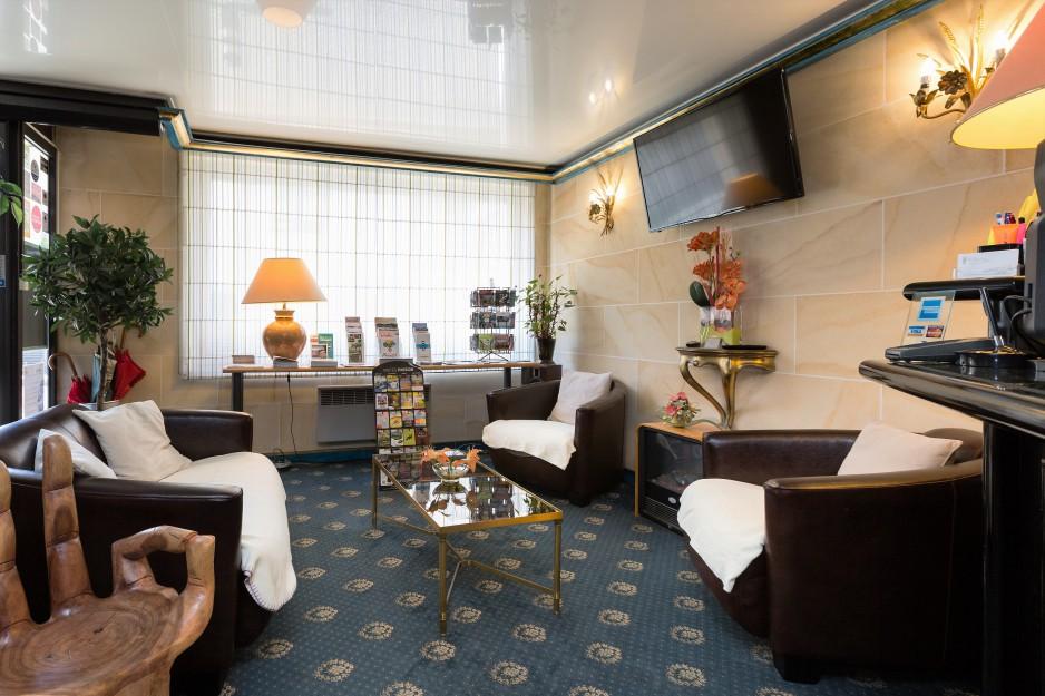 h tel journ e saint brieuc hotel de clisson saint brieuc r servez un day use avec roomforday. Black Bedroom Furniture Sets. Home Design Ideas