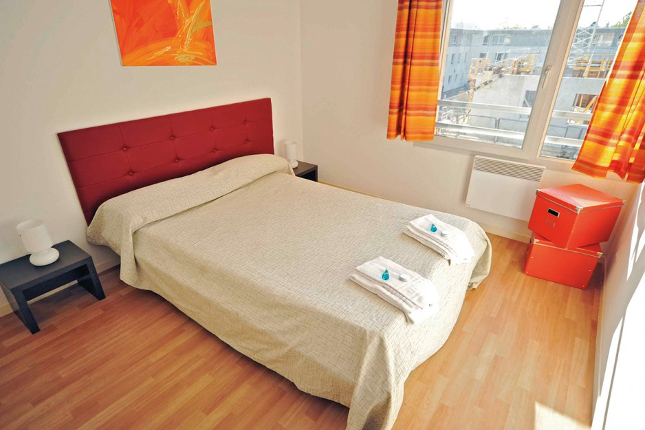 H tel journ e bourg en bresse appart 39 city bourg en for Appart hotel 4 personnes