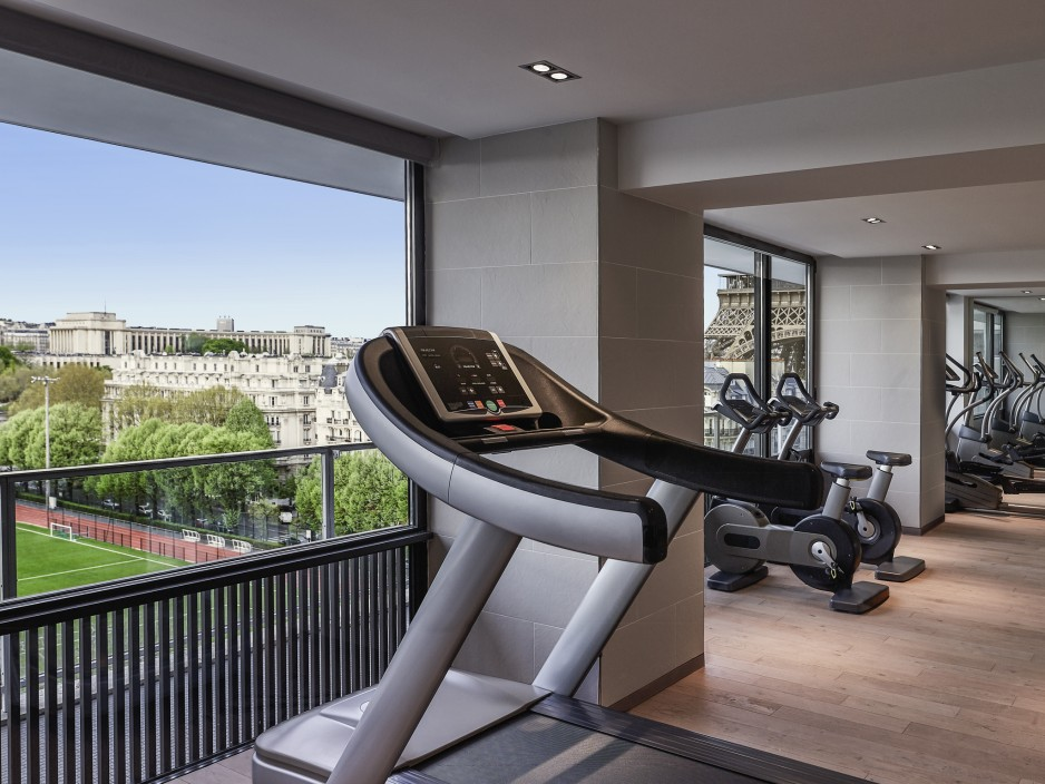 Fitness - 7. Invalides / Tour Eiffel