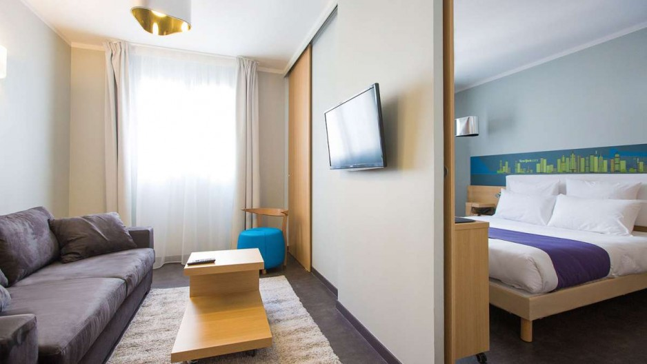 Hotel appart city lyon roomforday for Apart city hotel