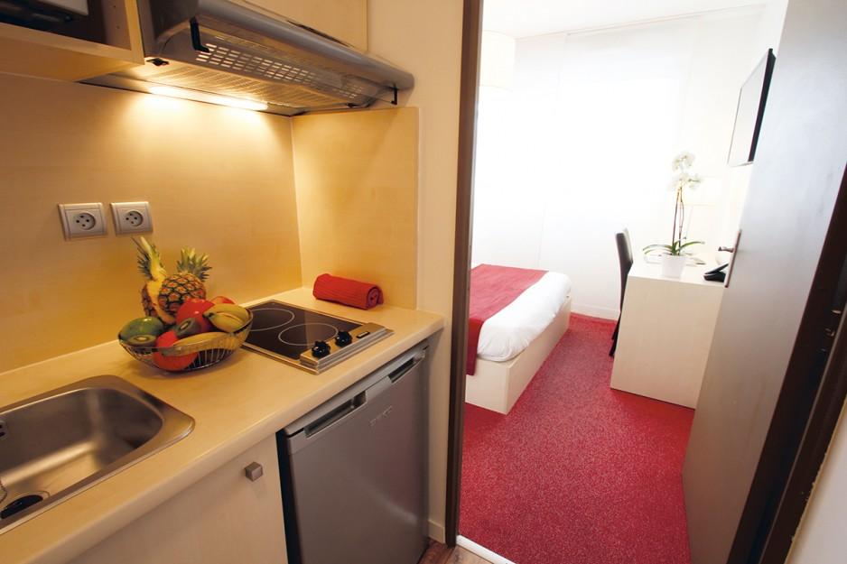 H tel journ e montpellier appart 39 city montpellier ovalie for Apparthotel sete