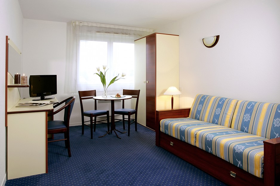 H tel journ e rennes appart 39 city rennes saint gregoire for Appart hotel 4 personnes