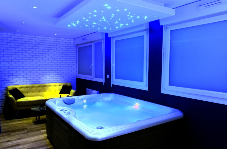 H tel journ e lille bed and spa r servez un day use - Hotel avec jacuzzi dans la chambre midi pyrenees ...