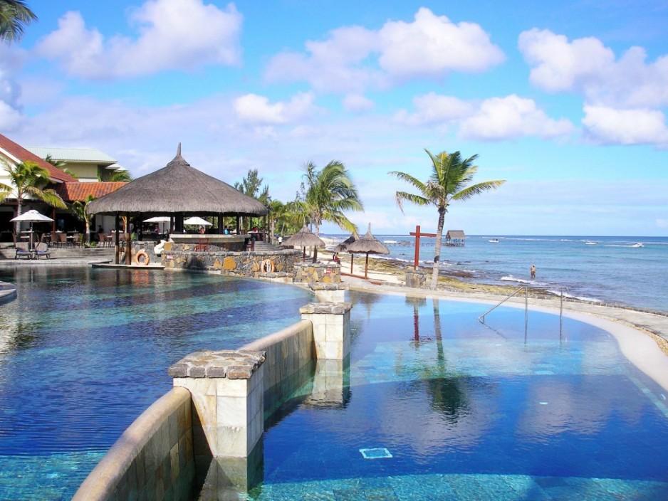 En bord de mer nice c te d 39 azur nce roomforday - Hotel vietnam bord de mer ...