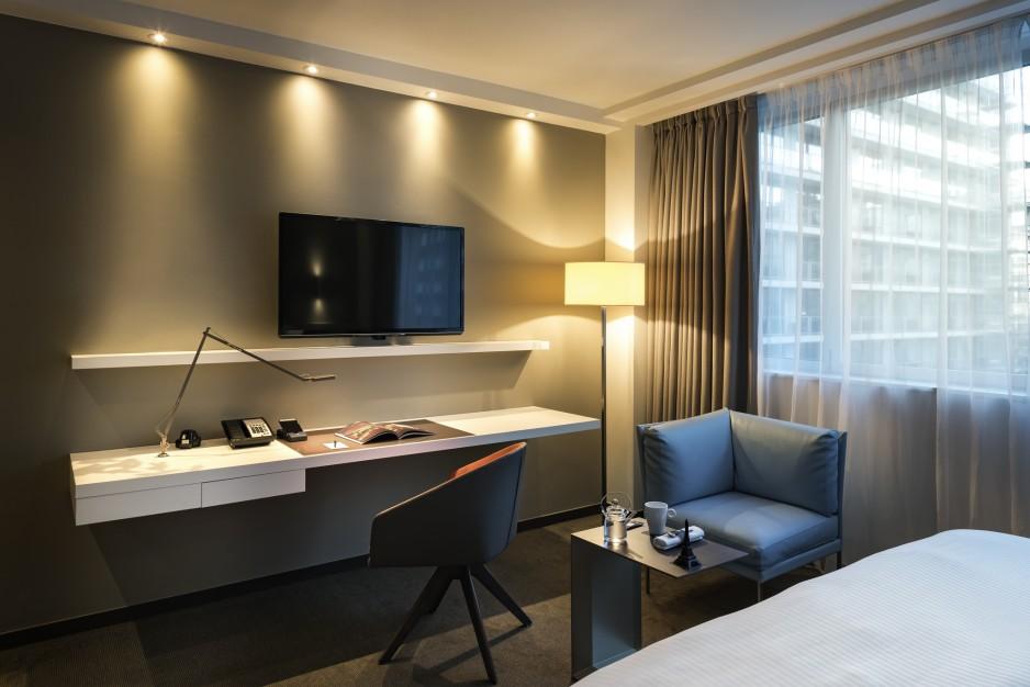 Chambre l 39 heure ou pour la journ e paris roomforday for Hotel paris pour 2 heures
