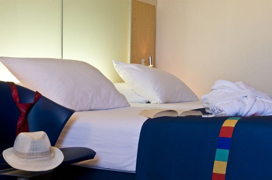 Chambre l 39 heure ou pour la journ e nice c te d 39 azur nce roomforday - Chambre d hotel a l heure ...