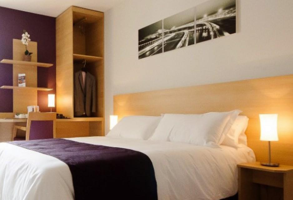 Chambre l 39 heure ou pour la journ e lyon roomforday for Hotel al heure liege