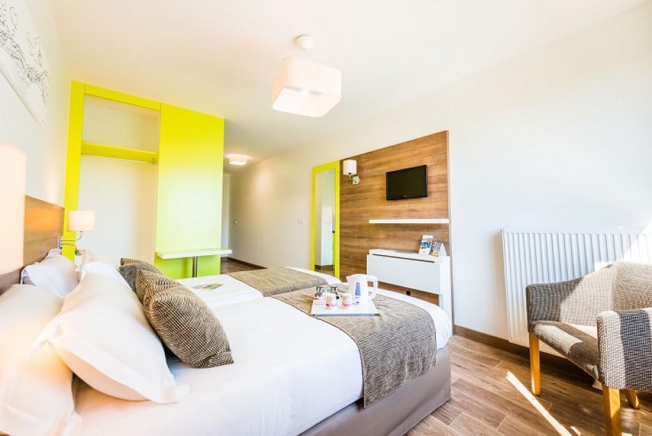chambre l 39 heure ou pour la journ e grenoble roomforday. Black Bedroom Furniture Sets. Home Design Ideas