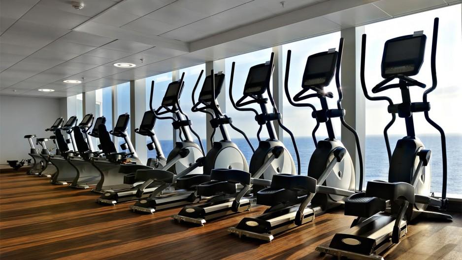 h 244 tel avec salle de fitness roomforday