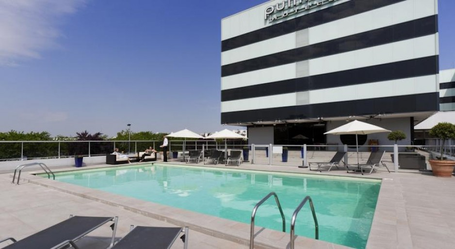 Luxus hotel bordeaux tageshotels for Luxushotel suche