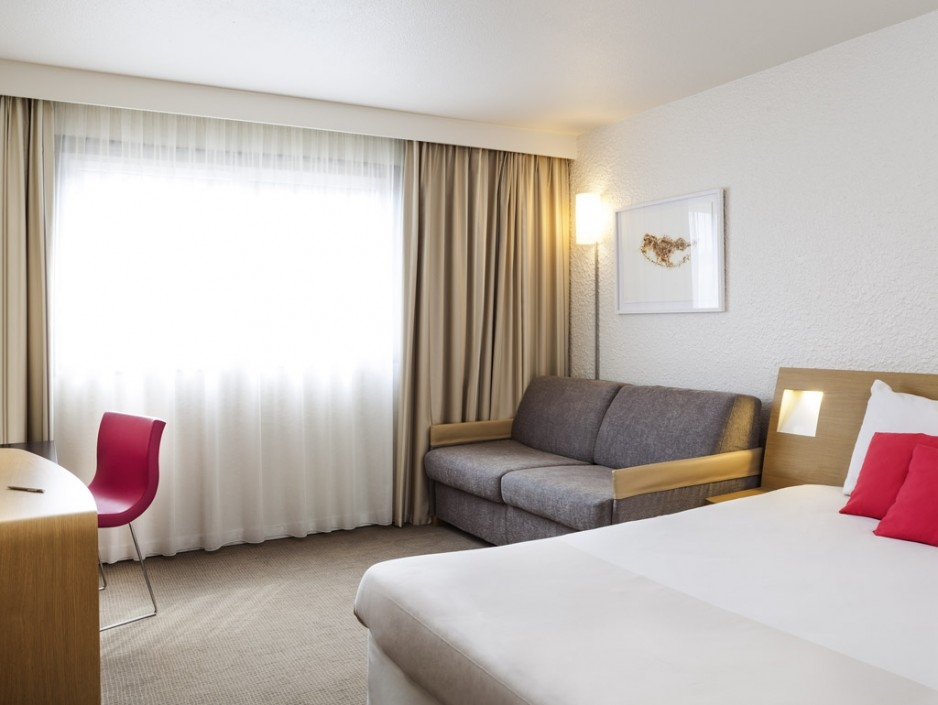 H tel journ e paris la d fense novotel paris la defense for Hotel paris chambre 4 personnes