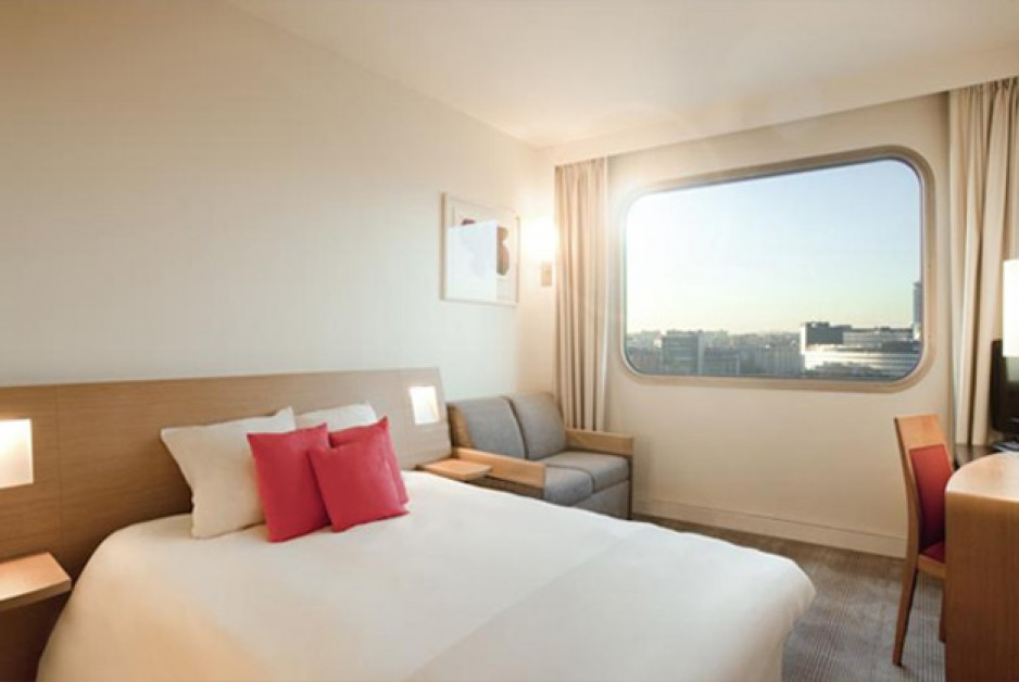 Day use h tel paris 15 tour eiffel pte de versailles - Hotel novotel tour eiffel piscine ...