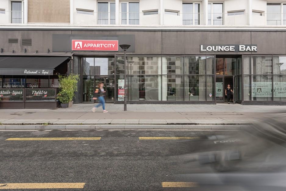H tels la journ e avec parkings paris roomforday - Paris gare de lyon porte de versailles ...
