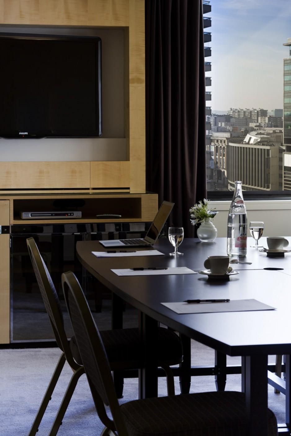 H tel journ e paris 14 montparnasse porte d 39 orl ans for Hotel porte orleans