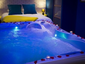 Bed and Spa - Day-Use Lille
