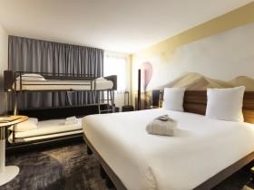 parking navette voiturier taxi bordeaux roomforday. Black Bedroom Furniture Sets. Home Design Ideas